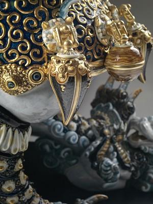 Lladro Guardian Lioness - BluePorcelain Figurine