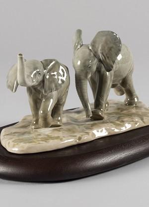 Lladro Following The Path ElephantsPorcelain Figurine