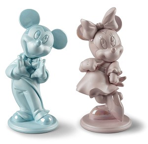 Lladro  Minnie Mouse Figurine Pink