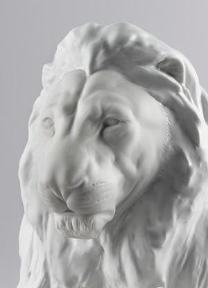 Lladro Lion with Cub