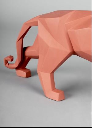 Lladro Panther (Coral Matte)