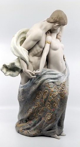 Lladro  PASSIONATE LOVERS LIMITED EDITION Porcelain Figurine