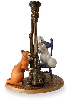 WDCC Disney Classics The Aristocats Duchess And Omalley Plucking The Heart Strings