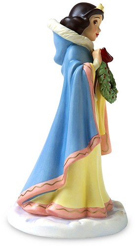 WDCC Disney Classics Snow White The Gift Of Friendship