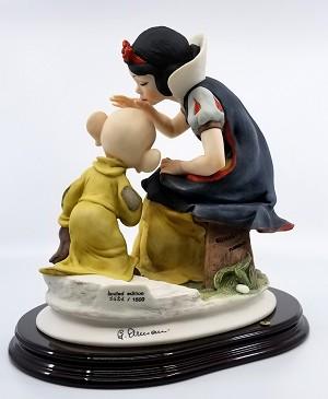 Giuseppe Armani Snow White Kissing Dopey Artist Signed