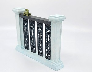 WDCC Disney ClassicsThe Princess And The Frog Naveen (as Frog) On Balcony Kissing Would Be Nice Yes