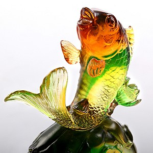 Liuli Crystal Fish Figurine (Symbolize Success) - Somersault To The Top