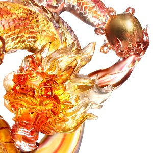Liuli CrystalLeading the Way, the Dragon from the East