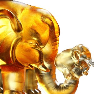 Liuli Crystal Elephant (Lucky Push) - A Push forward the Fortune