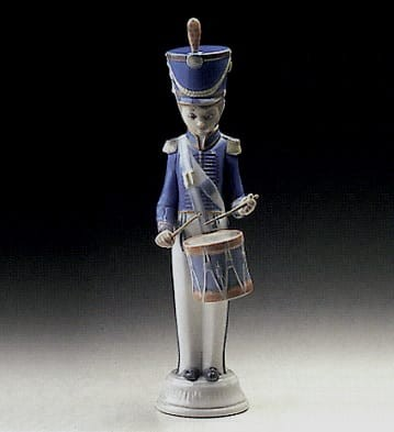 Lladro Soldier with Drummer Porcelain Figurine