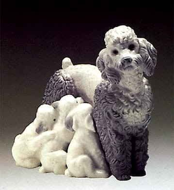 Lladro Mother with Pups Porcelain Figurine
