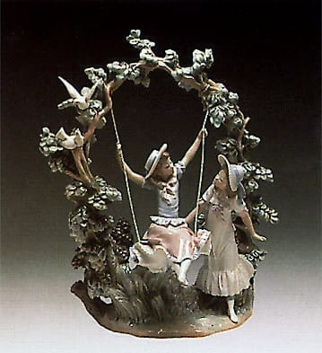 Lladro Girl In The Seesaw 1978-88
