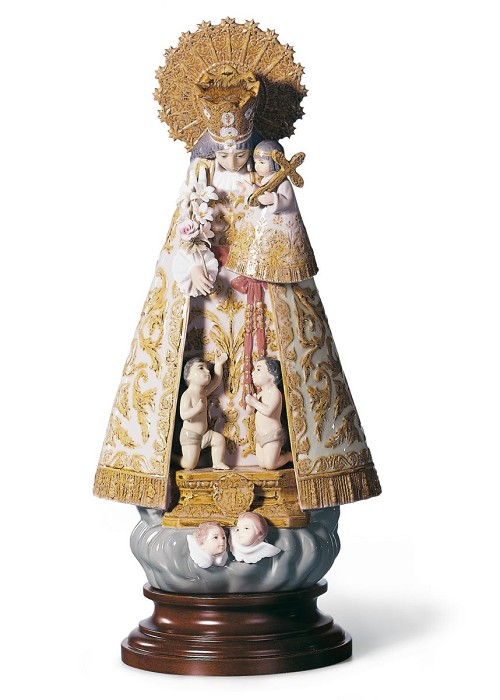 Lladro Our Lady of The Forsaken Figurine Porcelain Figurine