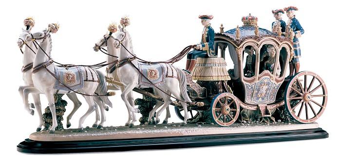 LladroXVIIIth Century CoachPorcelain Figurine