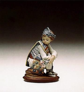 LladroValencian BouquetPorcelain Figurine