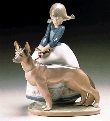 Lladro Not So Fast Porcelain Figurine