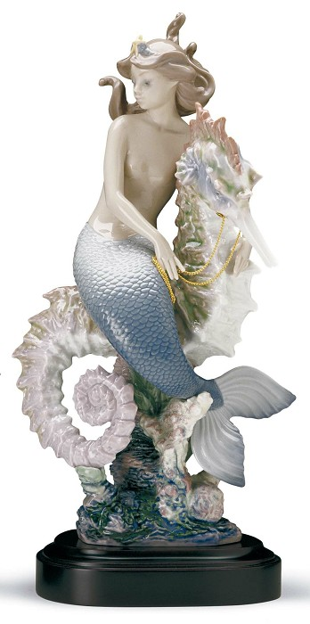 Lladro BENEATH THE WAVES Porcelain Figurine