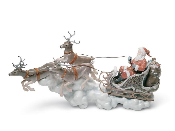 LladroSanta's Midnight RidePorcelain Figurine