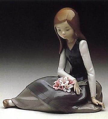 LladroNostalgiaPorcelain Figurine
