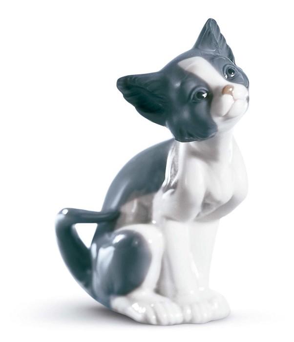 LladroCatPorcelain Figurine
