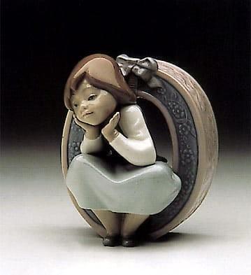 LladroSchoolgirl OPorcelain Figurine