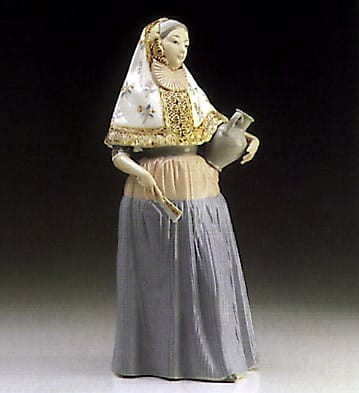 Lladro Lady From Majorca Porcelain Figurine