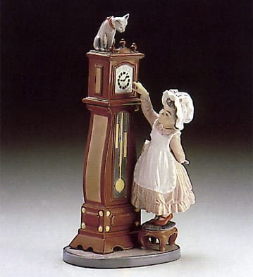 LladroBedtimePorcelain Figurine