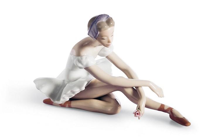 LladroRose BalletPorcelain Figurine