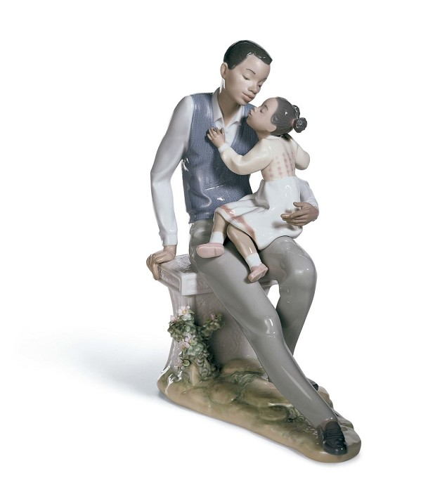 Lladro Black Legacy Daddy's Little Sweetheart