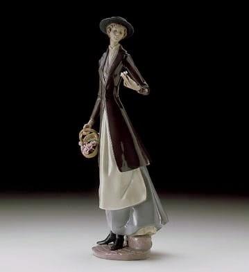 LladroTokens of LovePorcelain Figurine