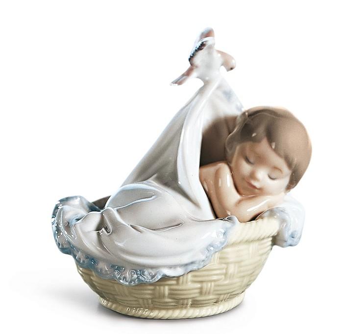 LladroTENDER DREAMSPorcelain Figurine