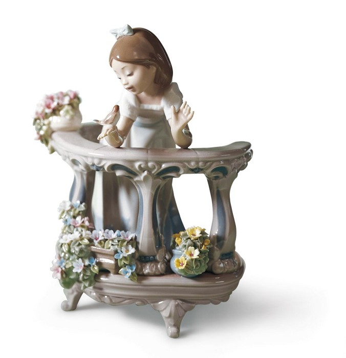 Lladro Morning Song Porcelain Figurine