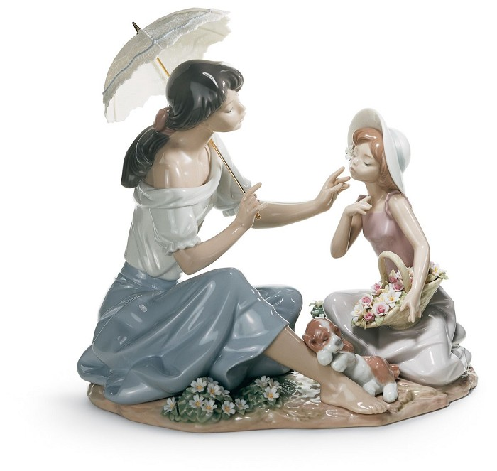 Lladro As Pretty As A Flower Porcelain Figurine