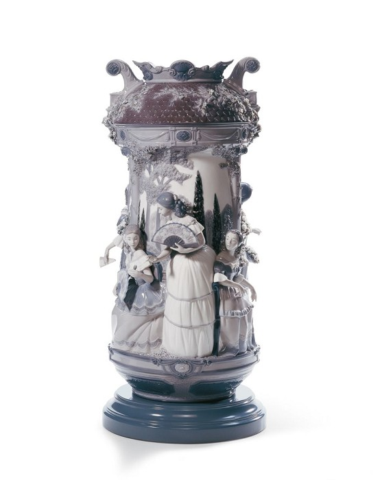 Lladro Ladies in The Garden Vase. Limited Edition. Grey and Silver Luster Porcelain Figurine