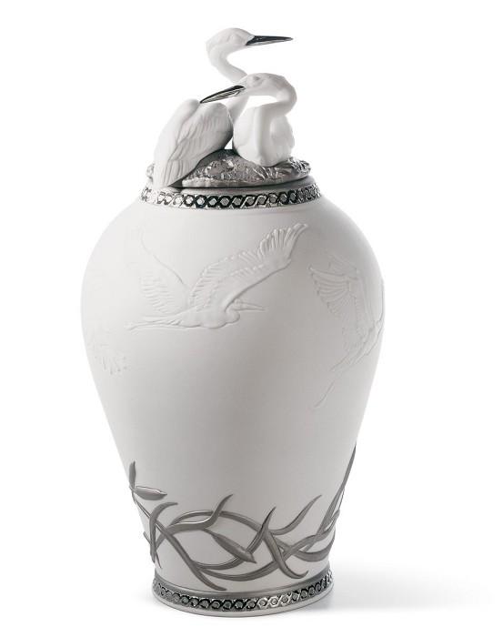 LladroHerons Realm Covered Vase Figurine Silver LustrePorcelain Figurine