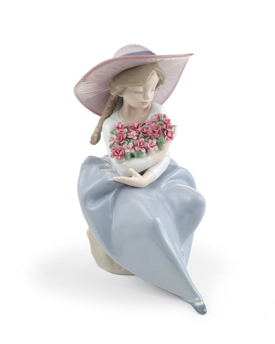Lladro FRAGRANT BOUQUET (CARNATIONS) Porcelain Figurine
