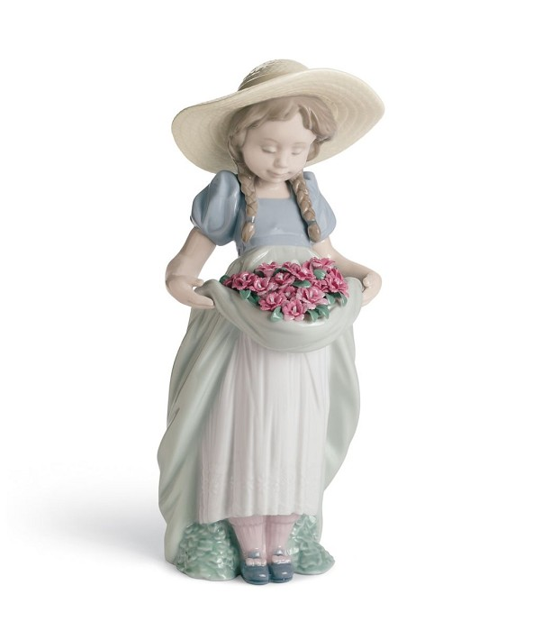 Lladro BOUNTIFUL BLOSSOMS (CARNATIONS) Porcelain Figurine