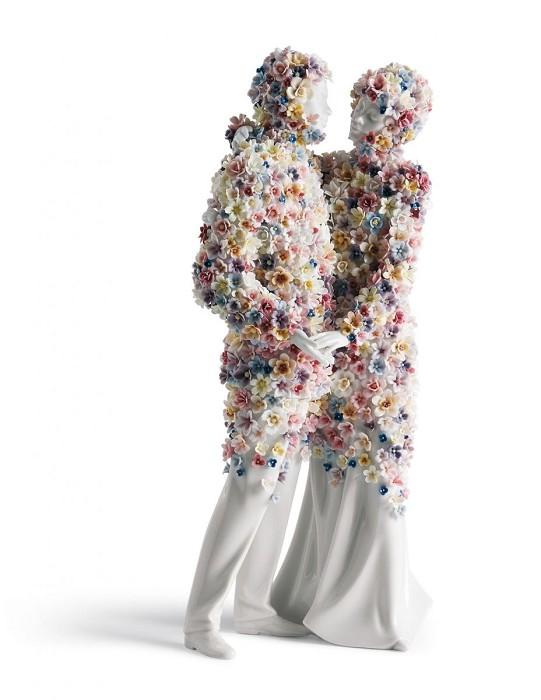 LladroLove IIIPorcelain Figurine