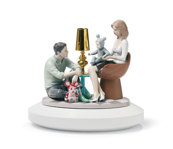 Lladro The Family Portrait Mixed Media Sculpture
