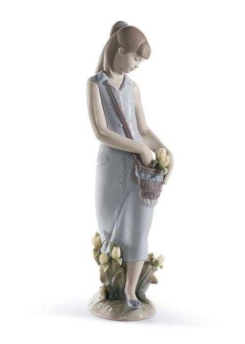 LladroTulip GardenPorcelain Figurine