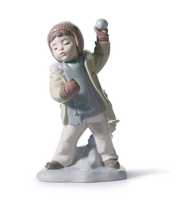 Lladro Watch Out, Here It Comes! Porcelain Figurine