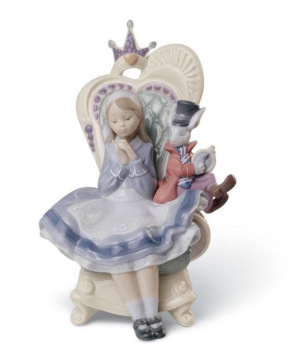 LladroALICE IN WONDERLANDPorcelain Figurine