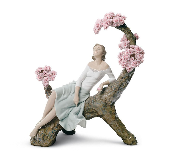 Lladro SWEET SCENT OF BLOSSOMS Porcelain Figurine