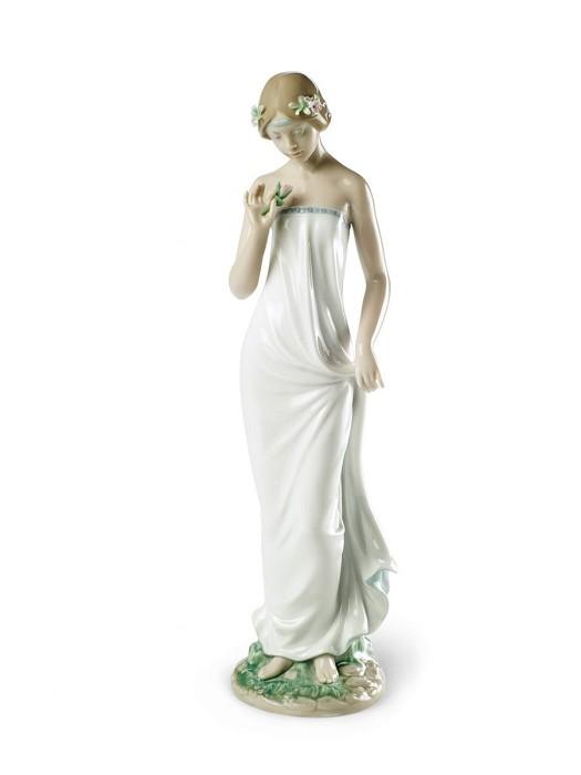 LladroBeautiful GloriaPorcelain Figurine