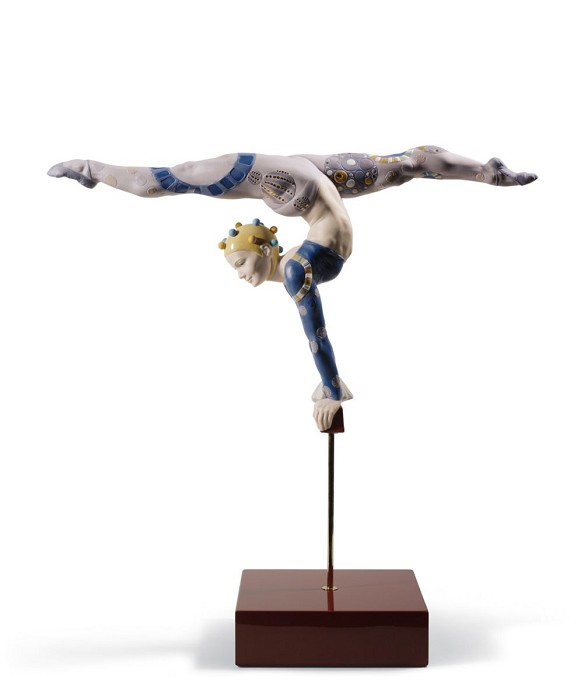 Lladro ACROBAT OVER BAR Porcelain Figurine