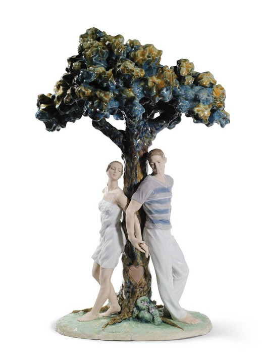 Lladro The Tree of Love Porcelain Figurine