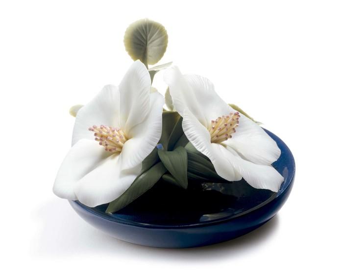 LladroLavatera BlossomsPorcelain Figurine