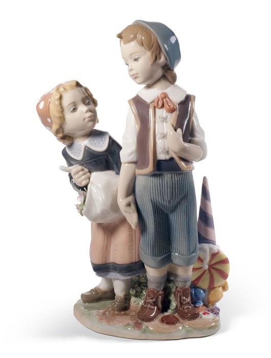 LladroHANSEL AND GRETELPorcelain Figurine