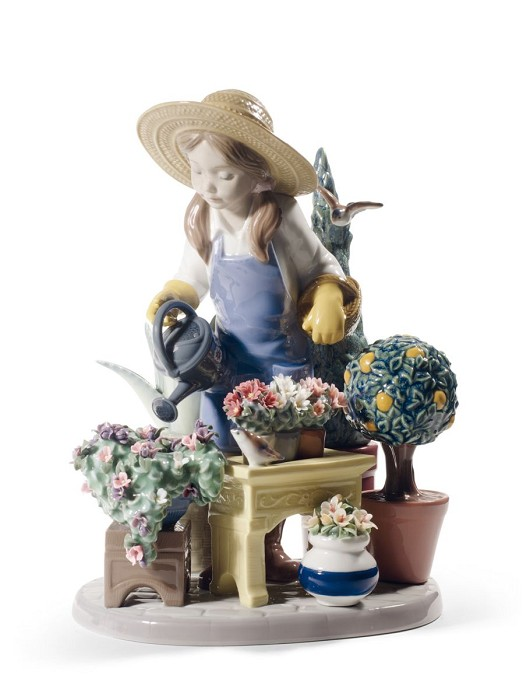 Lladro In My Garden Porcelain Figurine