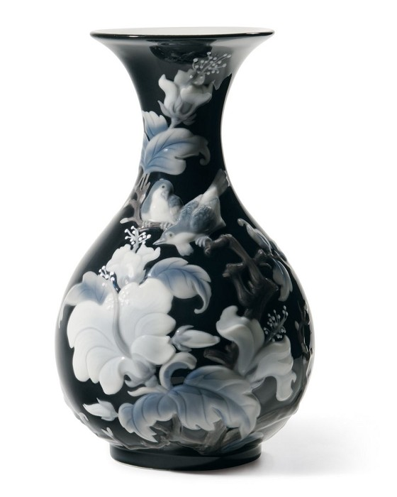 Lladro Sparrows Vase Black